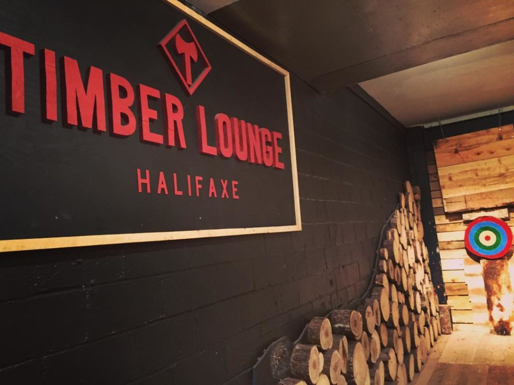@darinmuck - timber lounge - MUST CREDIT