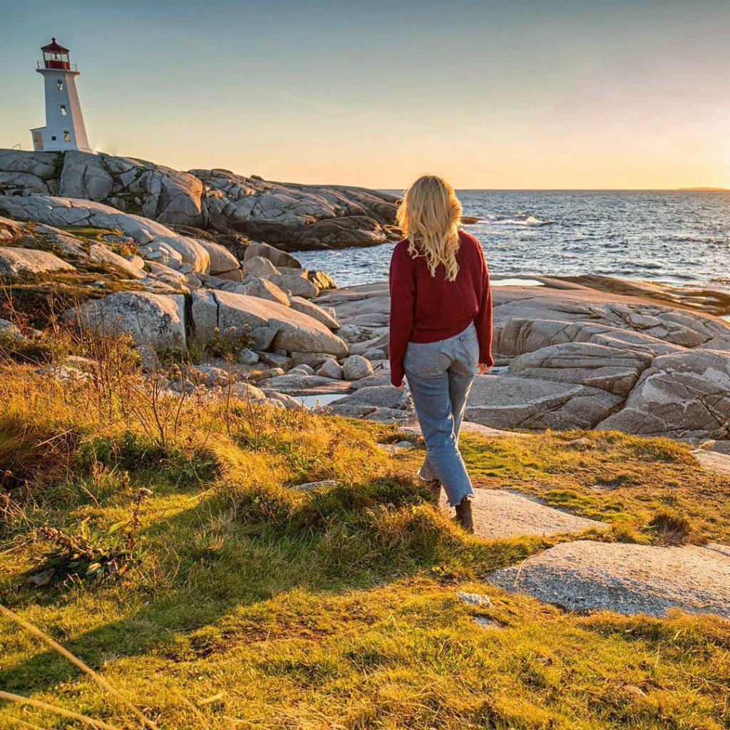 @kentessexphotography - peggys cove - MUST CREDIT