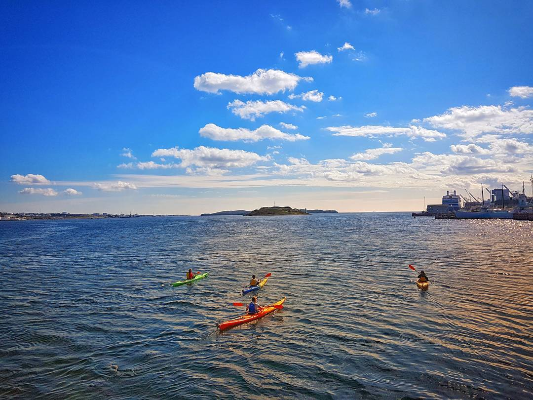 @lady.dickson - kayaking halifax harbour - DH Content Rights Approved