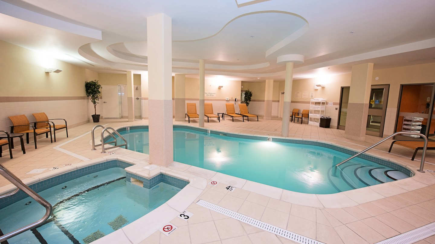 Hotels With Pools In Halifax Ns